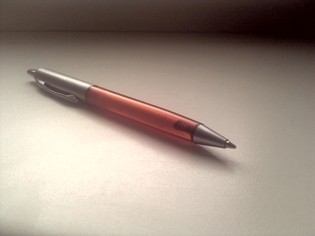 Simple, comfortable, good writing pen solution
